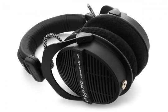Balanced Modded Beyerdynamic DT 990 PRO Headphones with Pellucid-PLUS Cable