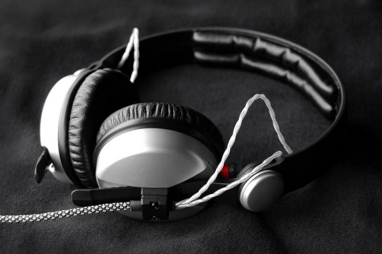 Modified Sennheiser HD25 Aluminium Headphones with Pellucid-PLUS Cable